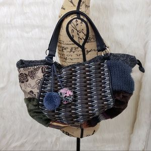 Far nine California purse